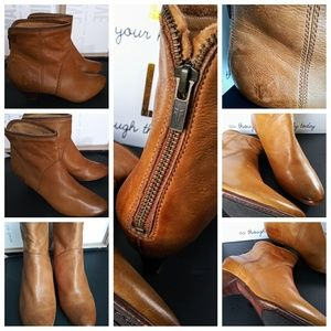 FRYE Steffi Camel , zip bootie size 9
